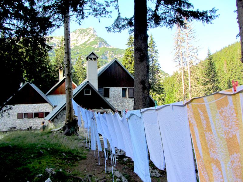 typische berghutte voor wandelaars in Slovenië; foto bron Mijn Slovenië