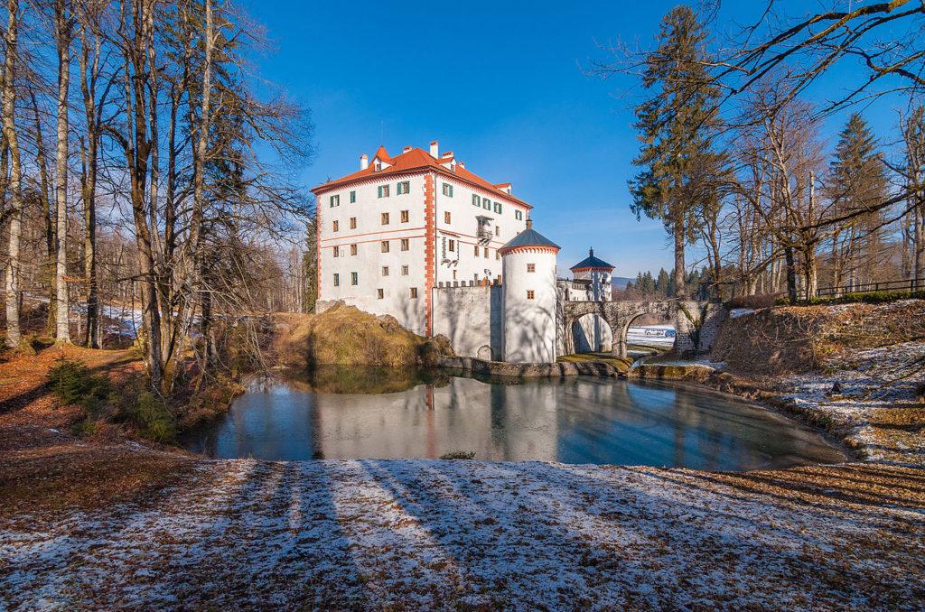 kasteel sneznik erfgoed slovenie vakantie reizen