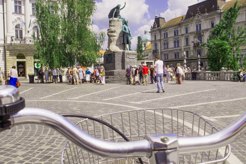 fietsen, ljubljana, bron M.Koghee, MijnSlovenie