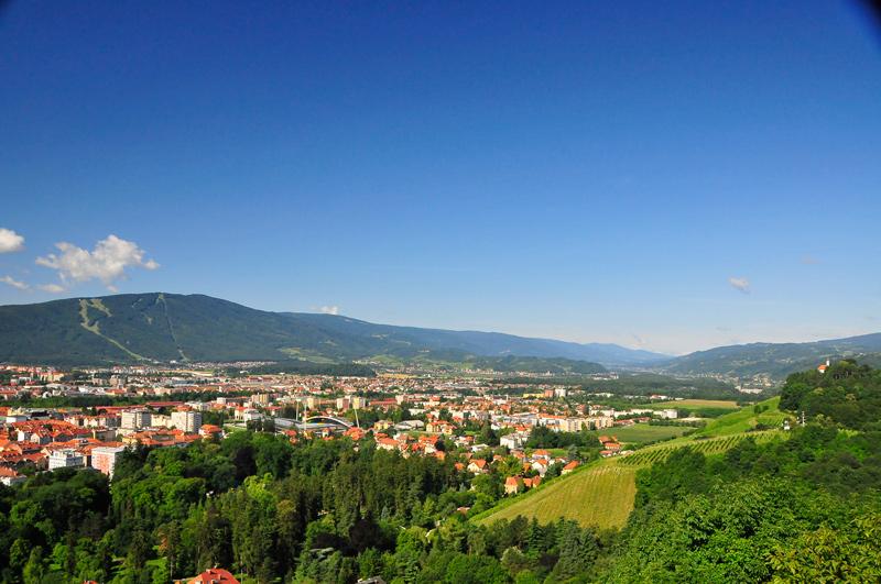 view to maribor and pohorje, bron Jurij Pivk, MijnSlovenie