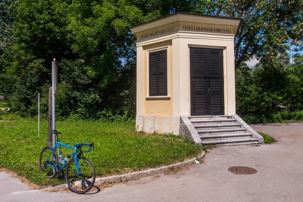Fietsen in Barje Slovenië.