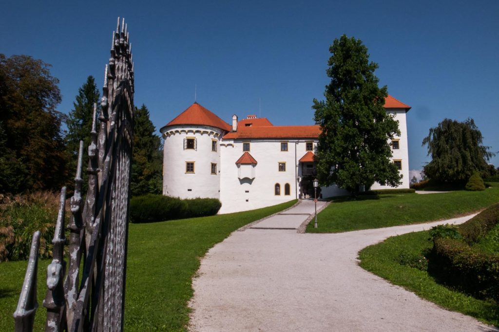 kasteel, bogensperk, bron M. Koghee, MijnSlovenie