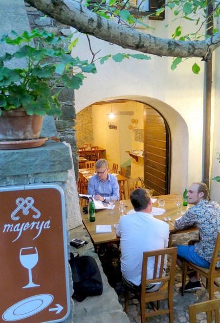 eten_in_Majerija_restaurant_in_Vipava_vallei_in_Slovenie_bron_MijnSlovenie_m