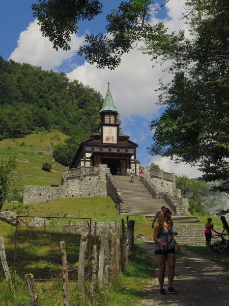 javorca kerk, bron MijnSlovenie