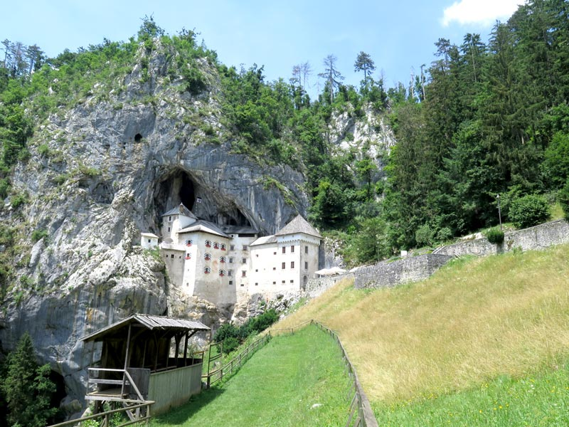 kastel slovenie predjama, bron mijnslovenie