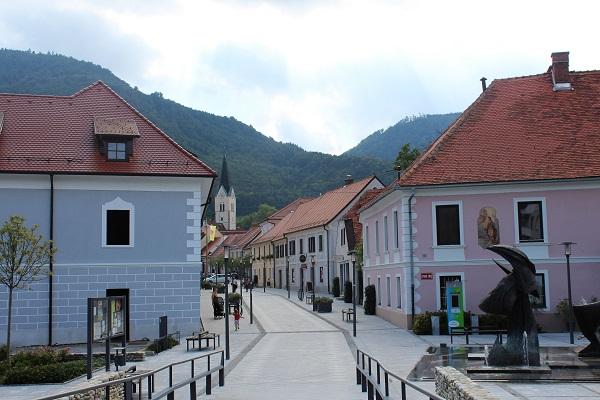 slovenske konjice, mijn slovenië, wijnvelden, rondreis, solo reis