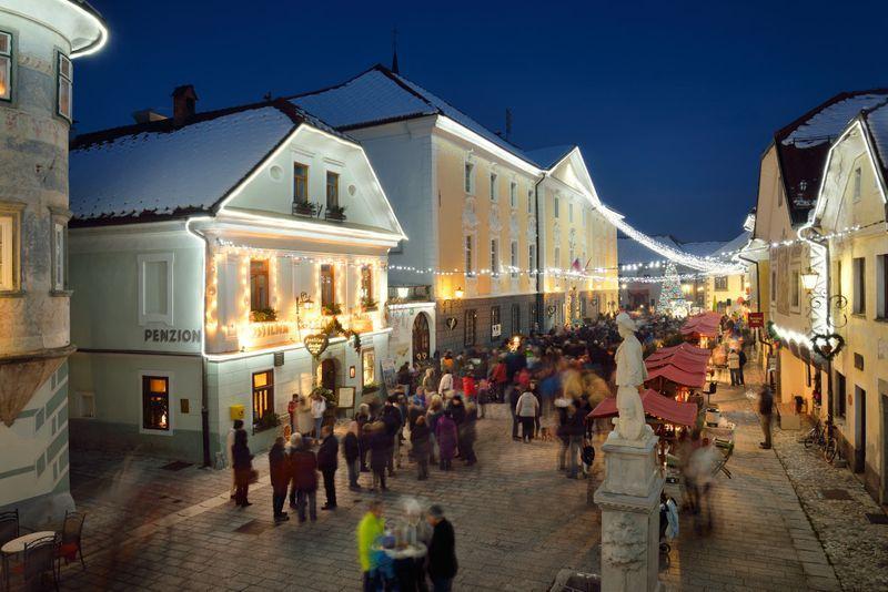 kerstmarkt Slovenie Radovljica