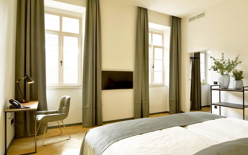Hotel Maribor garden rooms - inside