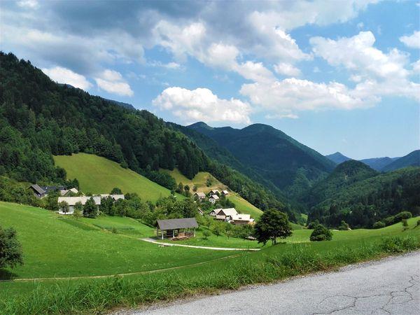 bergen Slovenie met moto