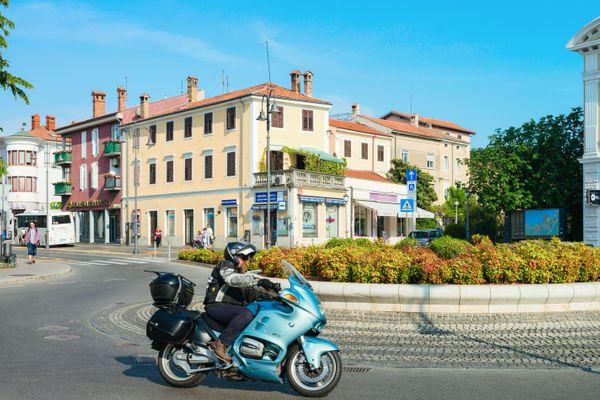 Slovenie motorreis kust