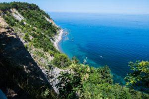 Maanbaai, Slovenie kust