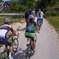 fietsen, groep, bron MijnSlovenie